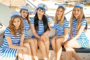 Cruise Staff 02