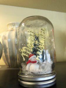 Waterless Snow Globes 1 - Paradise Activity Company